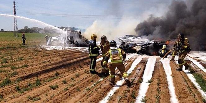 L'avion militaire s'est écrasé à quelques encablures de l'aéroport international de Séville.