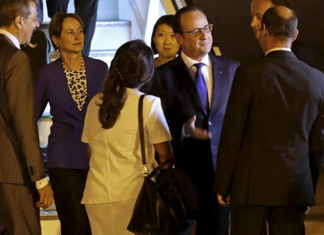 Le président François Hollande à son arrivé à Cuba, le 11mai.