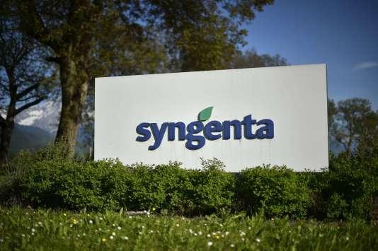 Le logo de l'agrochimiste suisse Syngenta, sur le site des Barges près de Vouvry,le 10 mai 2015.