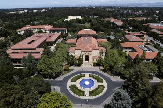 Stanford se classe deuxième, derrière Harvard et devant Berkeley, l'autre grande université de San Francisco.