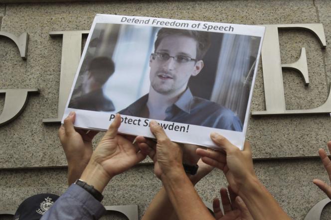Manifestation de soutien à Edward Snowden le 13 juin 2013 à Hong Kong.