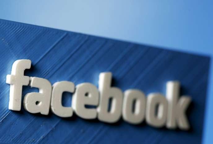 Il est désormais possible de rechercher du contenu dans les publications de personnes inconnues sur Facebook.