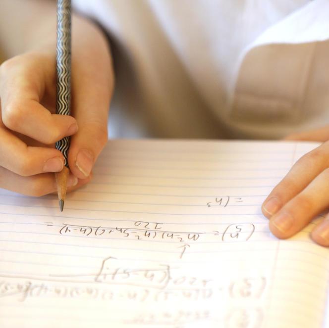 Une équipe du lycée Bellevue, à Toulouse, a remportéla 8eédition du Tournoi international des jeunes mathématiciens, à Saint-Pétersbourg.
