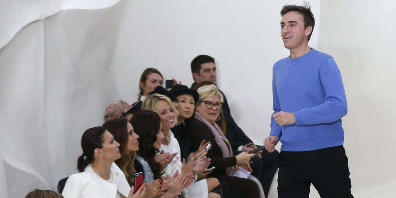 Raf Simons lors du défilé Dior de la collection printemps-été 2014 à Paris.
