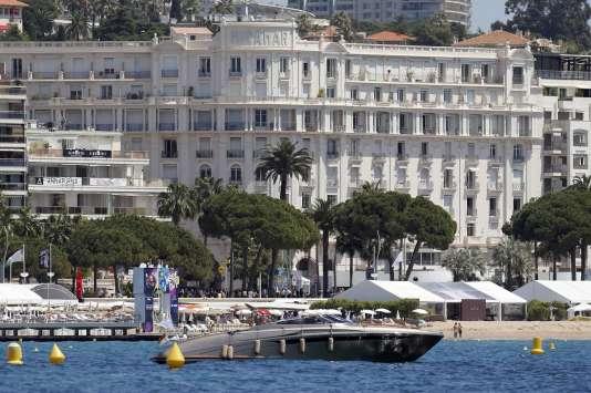 La plage de Cannes.