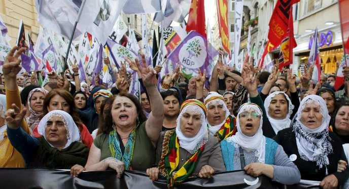 Manifestation de soutien au parti prokurde HDP, à Istanbul, le 18 mai.