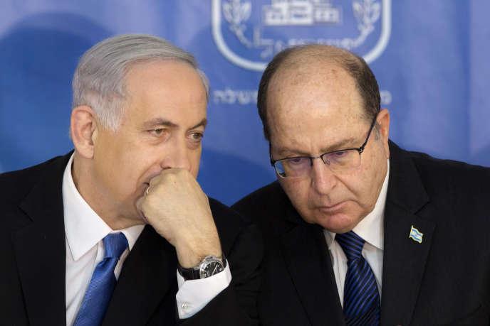 Le premier ministre israélien, Benyamin Nétanyahou, et le ministre de la défense, Moshé Yaalon, à Jérusalem, le 20 mai 2015.