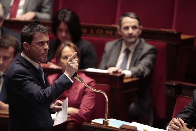 Le gouvernement avait déjà eu recours au 49-3 lors de la première lecture de la loi Macron.
