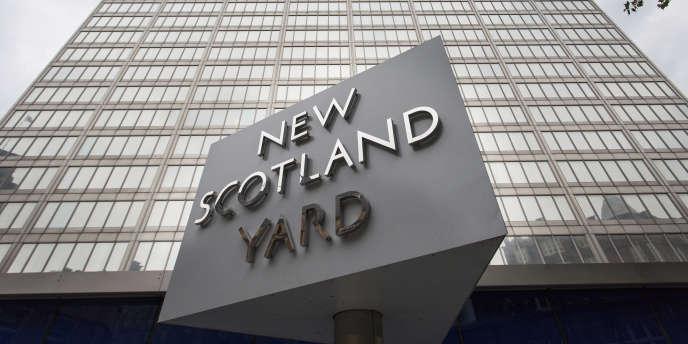 La police antiterroriste britannique a précisé, mardi, s'être saisie de l'enquête «par précaution et à cause des relations qu'avait cet homme».