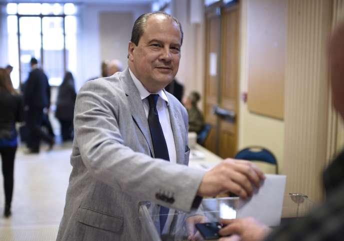 Jean-Christophe Cambadélis lors du vote sur les motions du PS, à Paris le 21 mai.