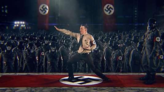 « Kung Fury » raconte l'histoire d'un policier expert en arts martiaux qui remonte le temps pour tuer Hitler.
