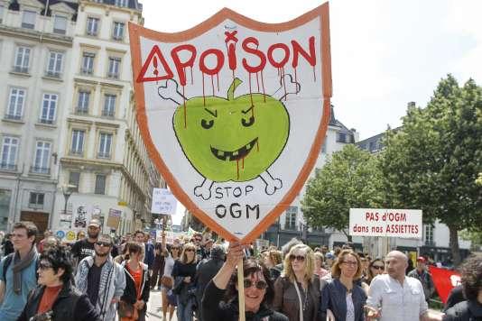 Manifestation contre Monsanto, le 23 mai 2015 à Lyon.