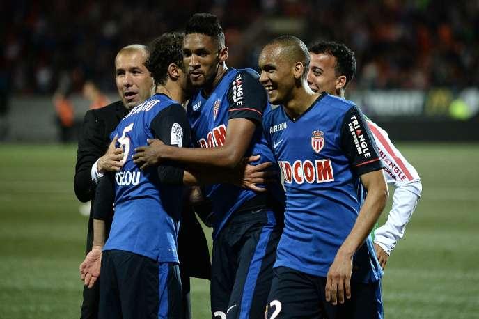 Les joueurs monégasques fêtent leur troisième place en Ligue 1, samedi 23 mai, après leur victoire face à Lorient (1-0).