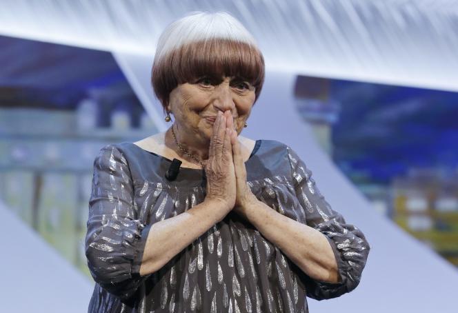 La réalisatrice Agnès Varda a reçu une Palme d'honneur le 24 mai lors de la cérémonie de clôture du 68e Festival de Cannes.