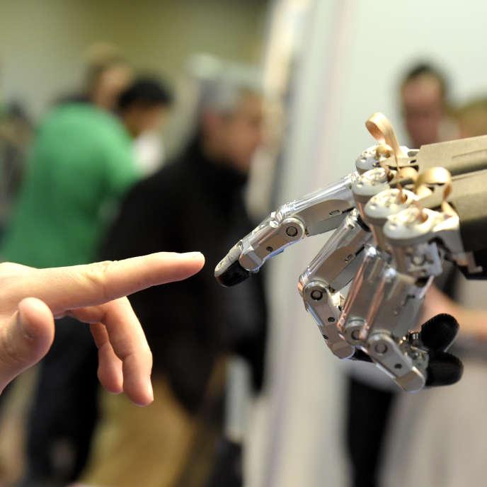 Lors d'une conférence sur les robots à Madrid, en novembre 2014.