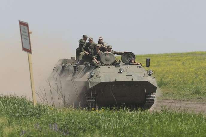 Kiev et les Occidentaux accusent la Russie d'aider militairement les séparatistes de l'est de l'Ukraine et d'y avoir déployé ses troupes régulières.