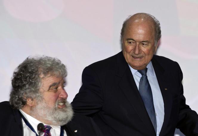 Chuck Blazer en compagnie du président de la FIFA, Sepp Blatter, le 1er juin 2011.