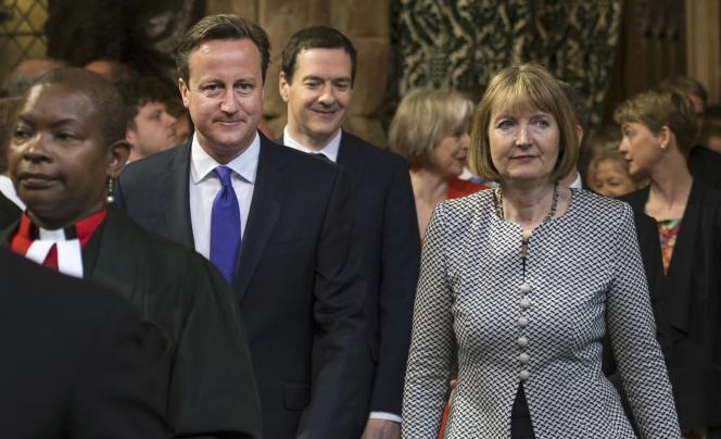 Le premier ministre conservateur britannique, David Cameron, arrive au Parlement de Westminister pour écouter le discours de la reine, mercredi 27 mai.