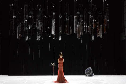 Natalie Dessay dans« Und», de Howard Baker, mis en scène parJacques Vincey.