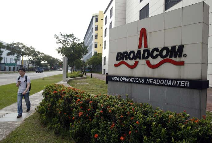 Broadcom, fondé en 1991, compte 10 000 employés etpossède près de15000brevets.