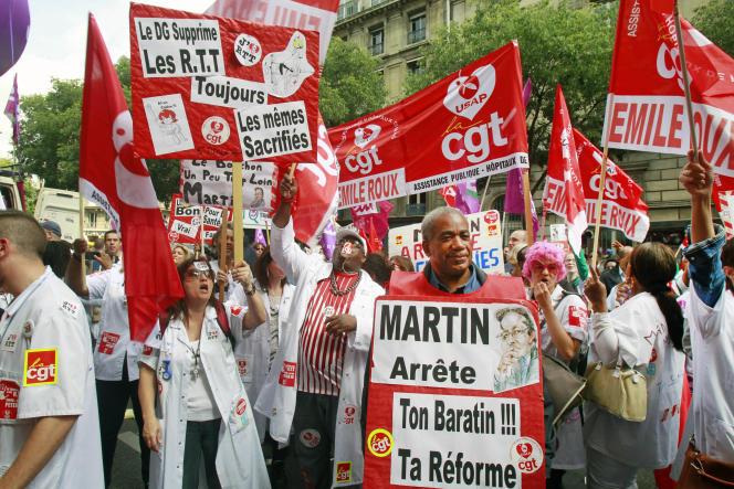 Une manifestation s'est déjà déroulée le 28 mai à Paris contre le plan présenté par Martin Hirsch.
