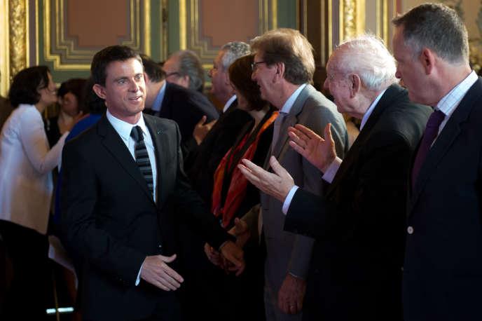 Manuel Valls et le maire de Marseille Jean-Claude Gaudin, à la préfecture des Bouches-du-Rhône, le 29 mai.