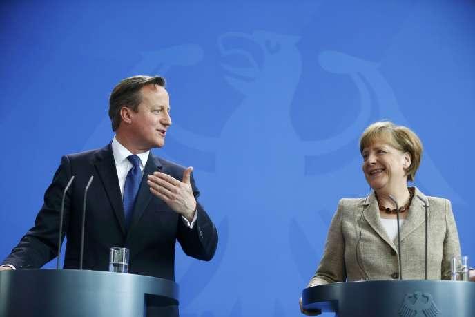 David Cameron et Angela Merkel, le 29 mai, à Berlin.
