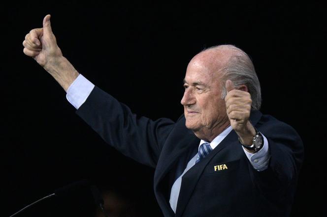 Joseph Blatter après sa réélection à la tête de la FIFA, lors du 65e Congrès de Zurich, vendredi 29 mai.