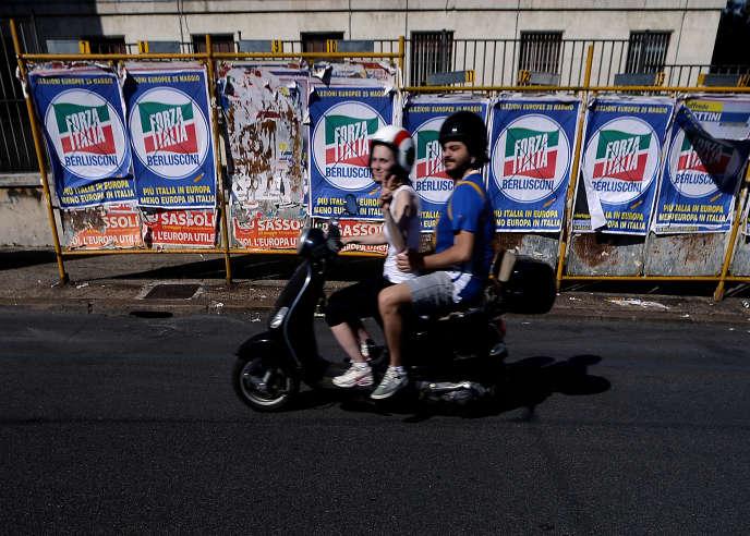 A la fermeture des bureaux de vote, la participation a été de64% pour les élections municipales italiennes etentre49% et56% pour les régionales, dimanche 31 mai.