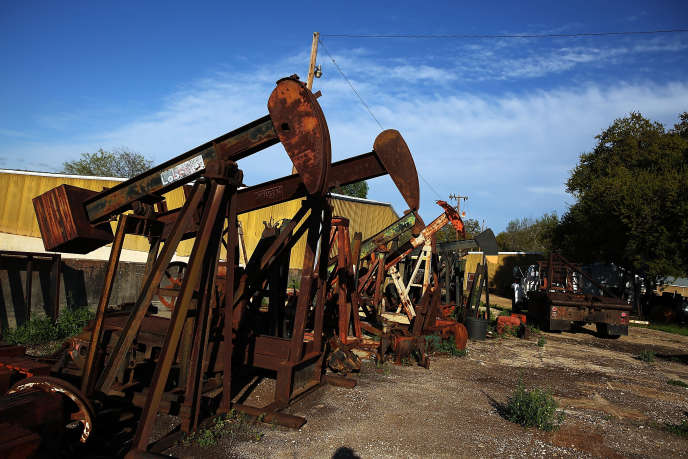 Site pétrolier à Luling, au Texas (Etats-Unis), le 26mars. Le comté de Caldwell, qui comprend Luling, compte 9 000 puits en activité.