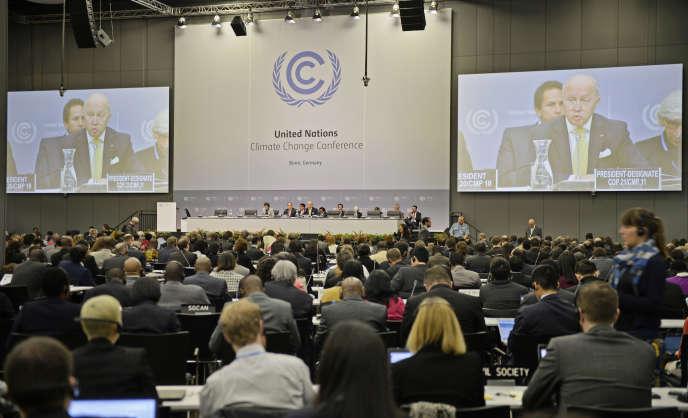 Laurent Fabius, le ministre français des affaires étrangères,  invité à lancer négociations à Bonn, en qualité de futur président de la COP21,  le 1er  juin.
