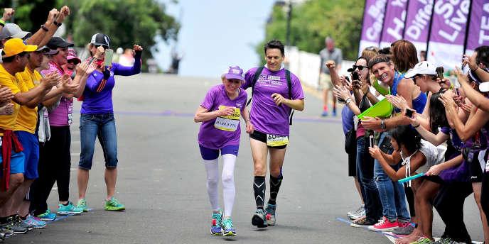 Harriette Thompson lors du marathon de San Diego, dimanche 31 mai.