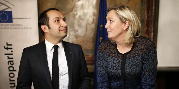 Sébastien Chenu et Marine Le Pen en décembre 2014.