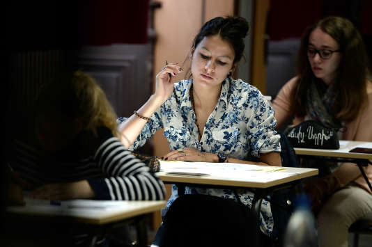 Soyez prêts pour l'épreuve de philosophie du bac 2016. AFP PHOTO/FREDERICK FLORIN