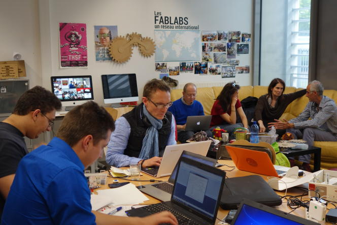 Le FacLab appartient au réseau des FabLab, fondé par un professeur du MIT dans les années 1990.