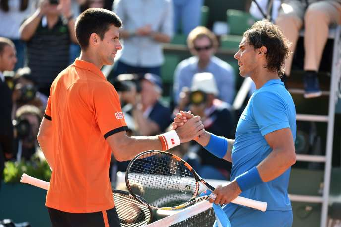 Rafael Nadal et Novak Djokovic à Roland-Garros en 2015.