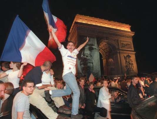 12 juillet 1998, Champs-Elysées, Paris.