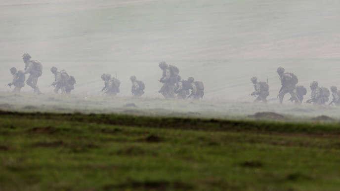 Des soldats britanniques déployés en Roumanie pour un exercice conjoint, le 21avril.