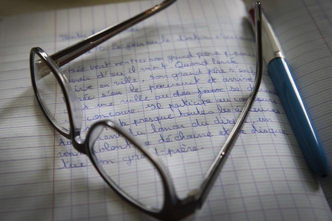 Cahier d'un élève au collège Georges Clemenceau de la Goutte-d'Or (29 Mai 2015)