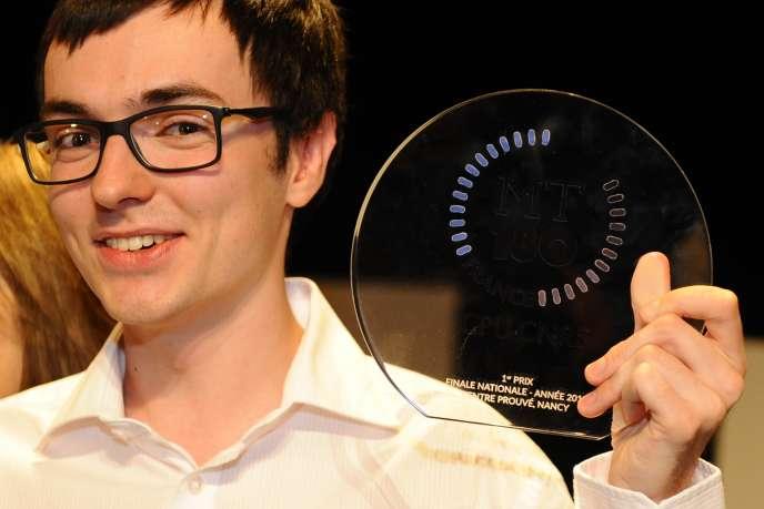 Alexandre Artaud, a remporté la finale française de Ma thèse en 180 secondes 2015.