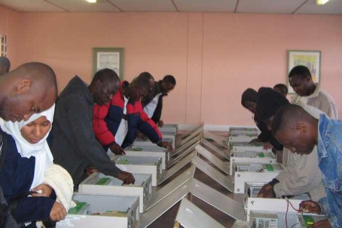 L'institut africain des sciences mathématiques AIMS vient de recevoir 25 millions de dollars pour faire avancer la recherche en mathématiques sur le continent.