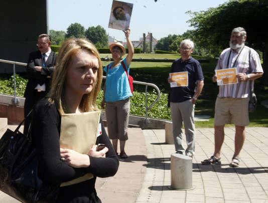 Rachel Lambert, la femme de Vincent Lambert, après l'arrêt de la CEDH, le 5 juin.