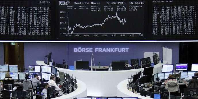 Le « Bund » – l'emprunt à 10 ans d'Etat allemand – a frôlé la barre symbolique des 1 % à la Bourse de Francfort, le 4 juin.
