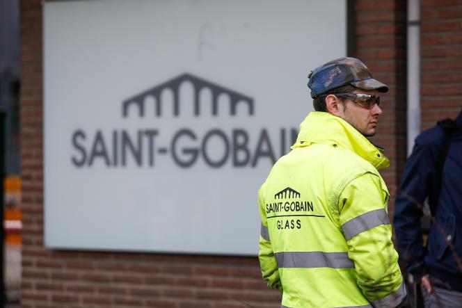 Une usine Saint Gobain à Auvelais, en février 2014.