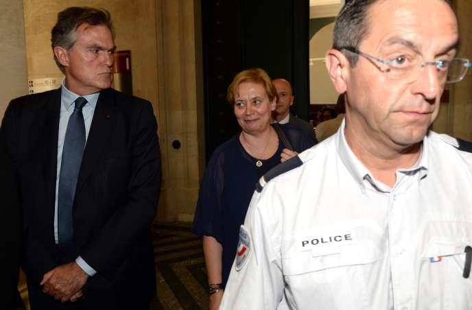 Isabelle Prévost-Desprez et Olivier Pelat, le tuteur de Liliane Bettencourt, au tribunal de Bordeaux le 8 juin.