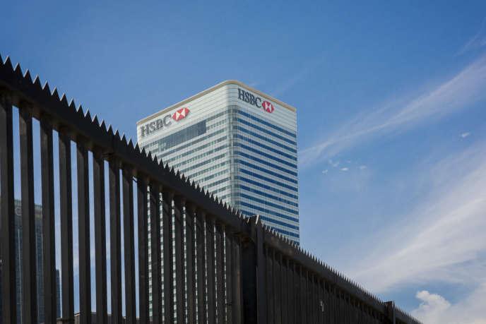 Le siège d'HSBC à Londres. La banque a annoncé, en avril, qu'un départ, peut-être vers Hongkong, était à l'étude.