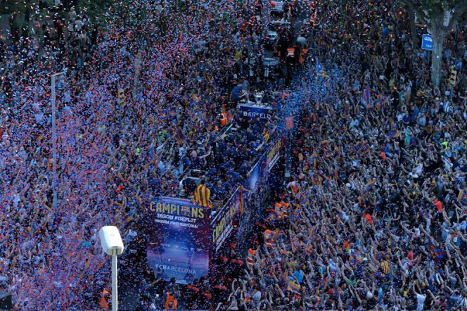 Arrivée triomphale des vainqueurs de Ligue des champions,  dimanche dans le centre de la capitale de la Catalogne.