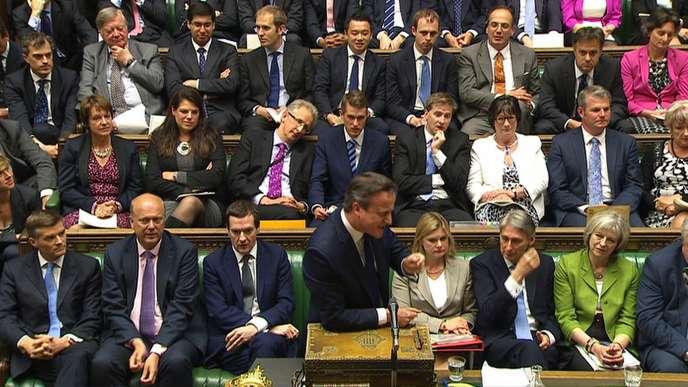 Le premier ministre britannique David Cameron devant la Chambre des communes, le 3juin