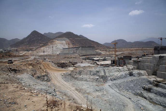 Une vue du barrage de la Renaissance en construction, frontière soudano-éthiopienne, 31 mars 2015.