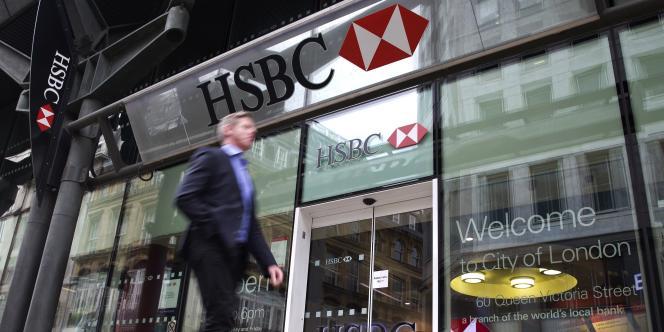 HSBC a annoncé le 9 juin la suppression de 25 000 emplois, d'ici à 2017.